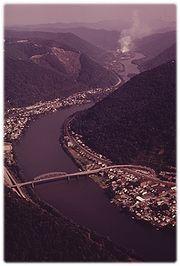 180px-Montgomery-WV-Kanawha-Valley-1970s